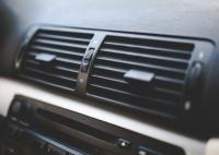 【まるわかり!】カーエアコンのイヤな臭いを除去するための完全ガイド!