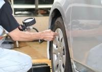 車のタイヤ空気圧は気にしてる?最近燃費が悪くなったのはそのせいかも!?