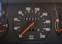 過走行車は何万キロから?中古車買取に出せる走行距離の目安と限界