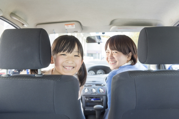 みんなが支持する!子育てママが重宝する最強の車『スライドドア軽自動車』って何?